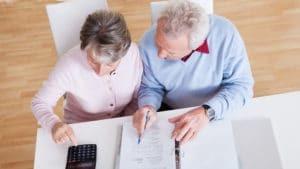 Имеет ли право пенсионер на дополнительный оплачиваемый отпуск?