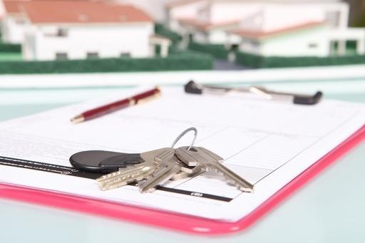 Что лучше оформлять завещание или ренту по квартире?