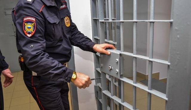 Что делать, если полиция вызывает в отделение, по закону?