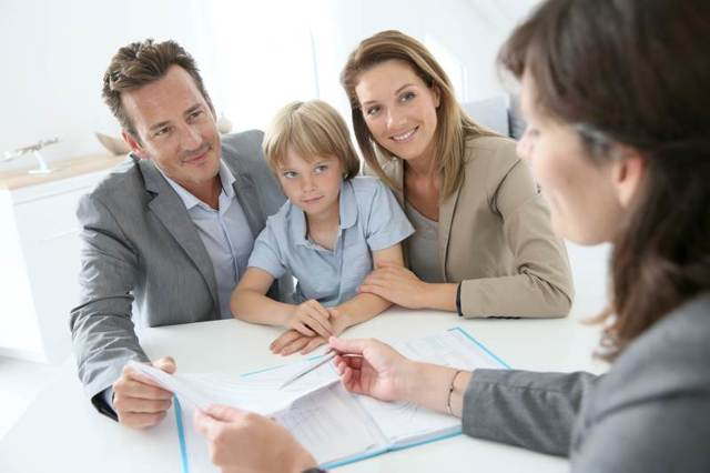 Как платить алименты если не работаешь или уволился (в 2021-м году)