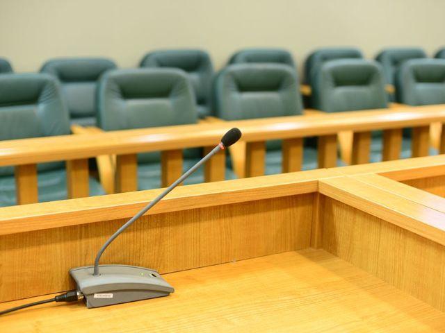 Кто такие присяжные заседатели и как ими стать