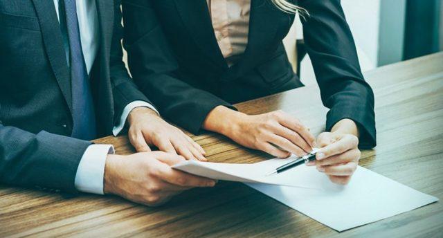 Расписка о возврате денежных средств: как написать физическому лицу на возврат долга по решению суда или договору по образцу на бланке - что делать если не указан срок