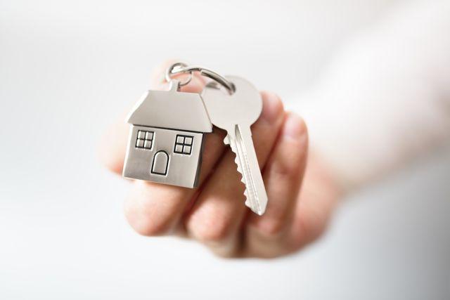 Право собственности на квартиру: регистрация в МФЦ, документы, подтверждающий право собственности на квартиру, свидетельство о праве