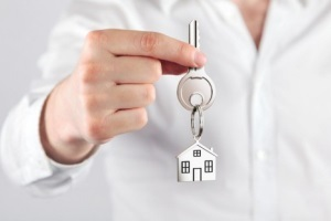 Как оформить долю в квартире по наследству: по закону, завещанию