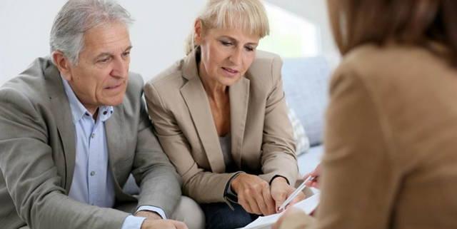 Оформление опекунства над пожилым человеком после 80 лет (попечительство) в 2021 году - документы, сколько платят