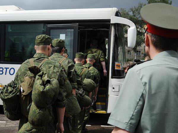 Как комиссоваться из армии срочнику: по 17 статье или состоянию здоровья