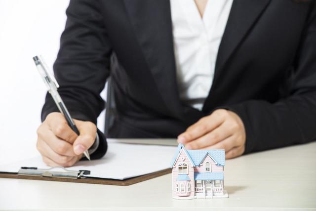 Вступление в наследство на квартиру: документы и алгоритм действий