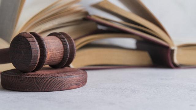 Просрочка по кредиту: что делать и когда обраться в суд