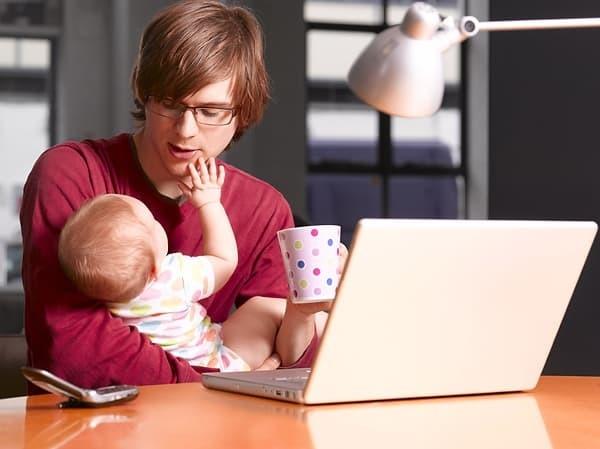 В декретный отпуск отцу ребёнка: как оформить и какие будут выплаты.