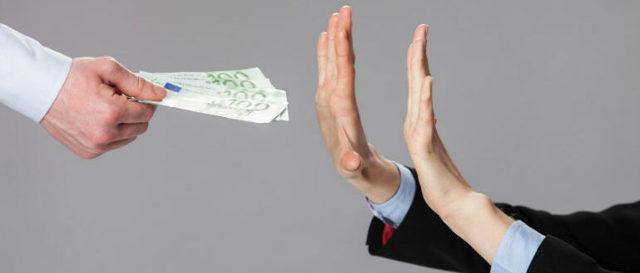 Отказ от алиментов - особенности добровольного соглашения