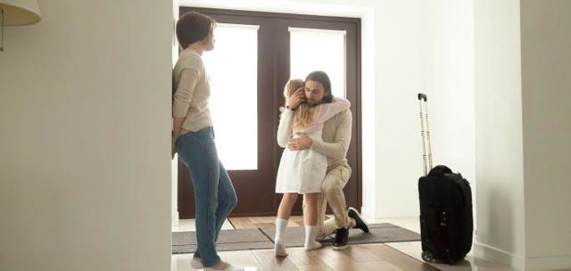 Выплата алиментов на ребенка: способы, порядок, сроки