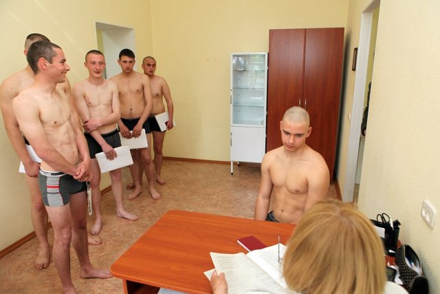 В каких случаях призывника не берут в армию, возможность получения отсрочки и освобождения от службы