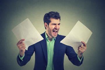 Имеет ли право работодатель не отпустить сотрудника в отпуск