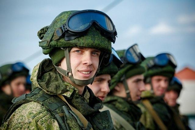 Стоит ли идти в армию: обязательно ли служить, преимущества срочной и контрактной службы