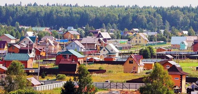 Стоит ли покупать дома в СНТ (садовых некоммерческих товариществах): обзор плюсов и минусов