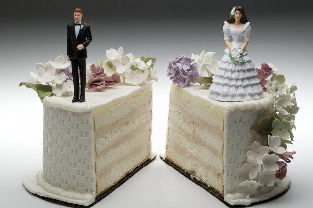 Развод через ЗАГС и суд: сроки, момент прекращения брака