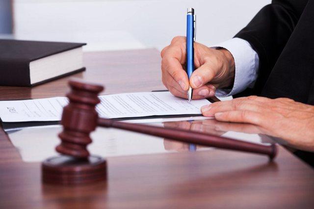 Как судебные приставы взыскивают долги с физических лиц по решению суда